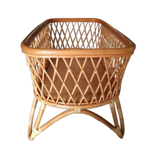 New European durable baby swing bed wooden crib rattan baby cradle