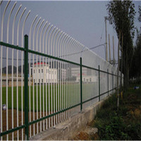 Chinese factory customized wholesale galvanized Chain link fence for road, railway, airport