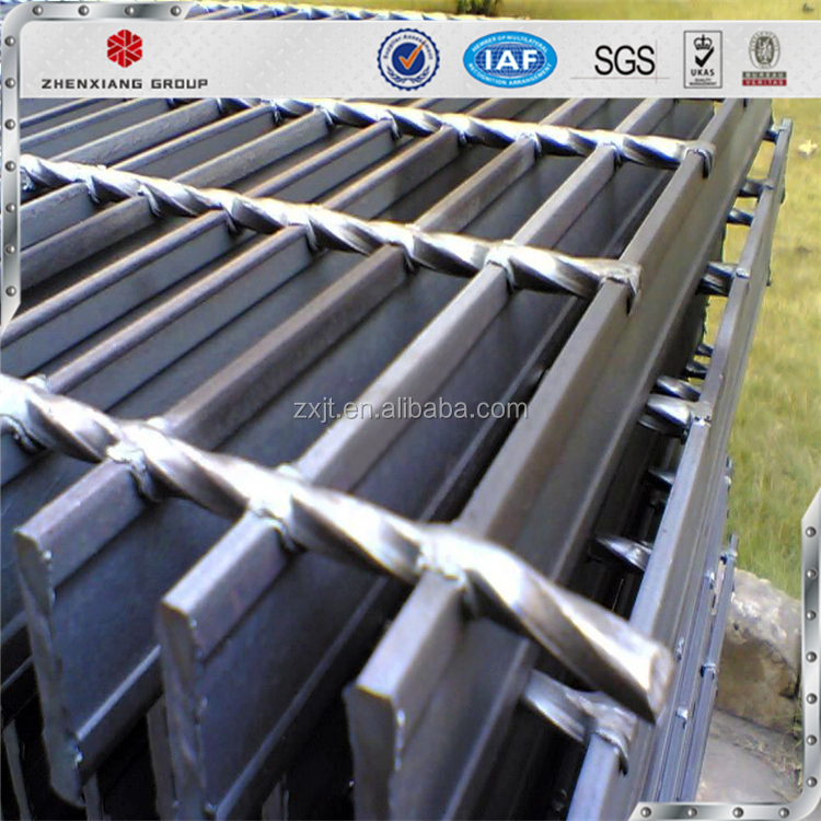 Manufacturers direct sales low price high-strength cross-grid galvanized steel grating Metal Bar Floors Steel Grating from Metal
