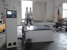 3 spindles atc cnc router 1300x2500 with vacuum table