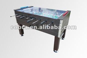 table de soccer exterieur et de luxe ou une table de baby