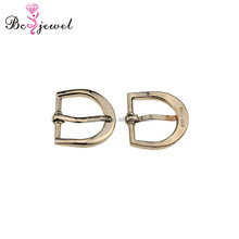 China Fashion Accessories Brass Hook Metal Shoe Buckle Parts Latest Girl Footwear Design