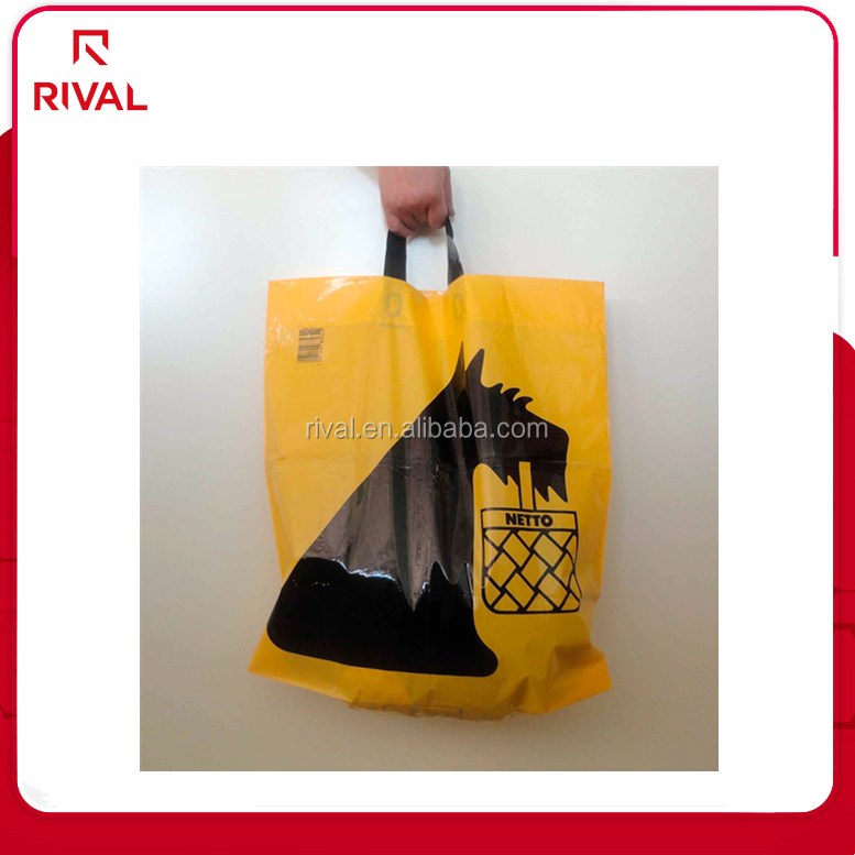 Christmas gift bags die cut carrier bags from china factory
