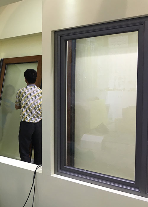 Yuejun Security and Good Appearance Aluminum Alloy Inward Tilt-turn Tempered Glass Window