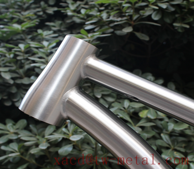 titanium road bike frame02.jpg