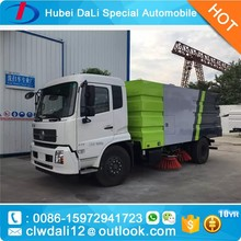 DongFeng road sweeper truck street cleaing truck of good price/Road Sweeper Machine With Snowing Cleaning Equipment