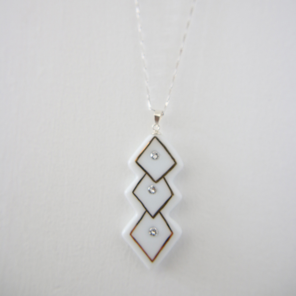 Silver Necklace Fashion Wedding Jewelry Necklace Designs In Ceramic Pendant