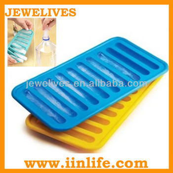 2014 worldcup supplier FDA silicone ice cube tray bottle