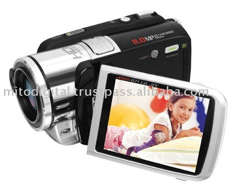 HD-8Z Full HD 1080p Digital Camcorder With 5X Optical Zoom