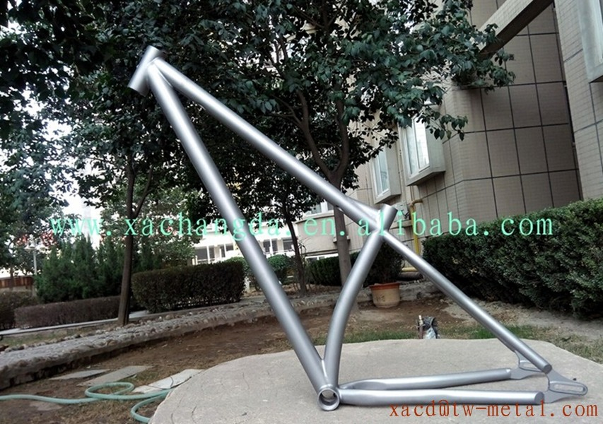 Titanium mtb bike frame with bending seat tube titanium bike frame with sliding dropout cheap price titanium bike frame