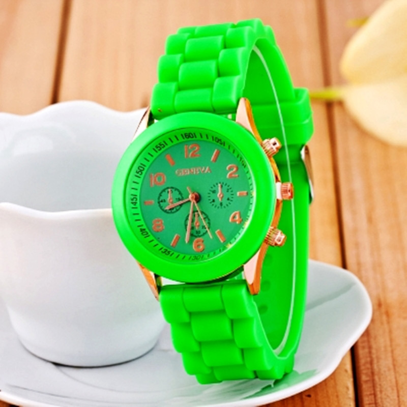 Wholesale cheap silicone geneva watch for women