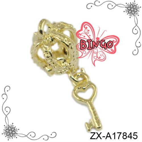 24K Gold Crown And Key Charms 3D Alice In Wonderland