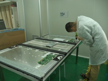 Assembling (Touch Monitor)