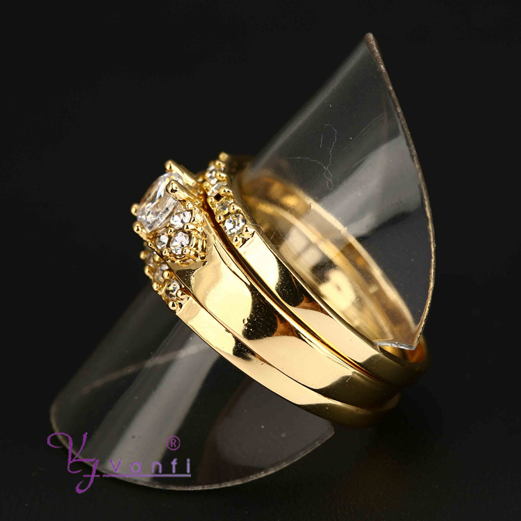 2015 fashion unique wholesale poison 18k gold natural gemstone three ring