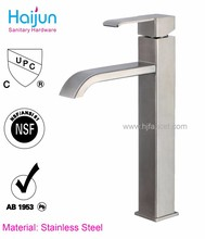 China manufacture low cost brass bathroom faucet