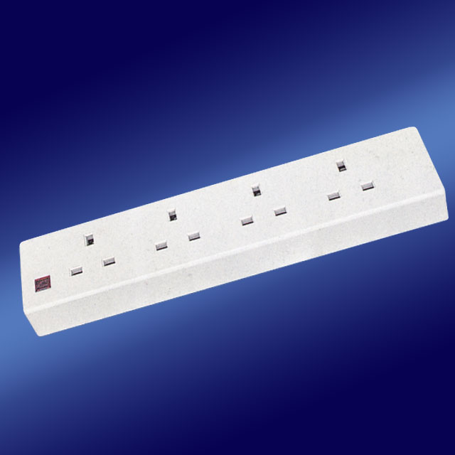 Middle Africa 13a switch power Socket Outlet Extension