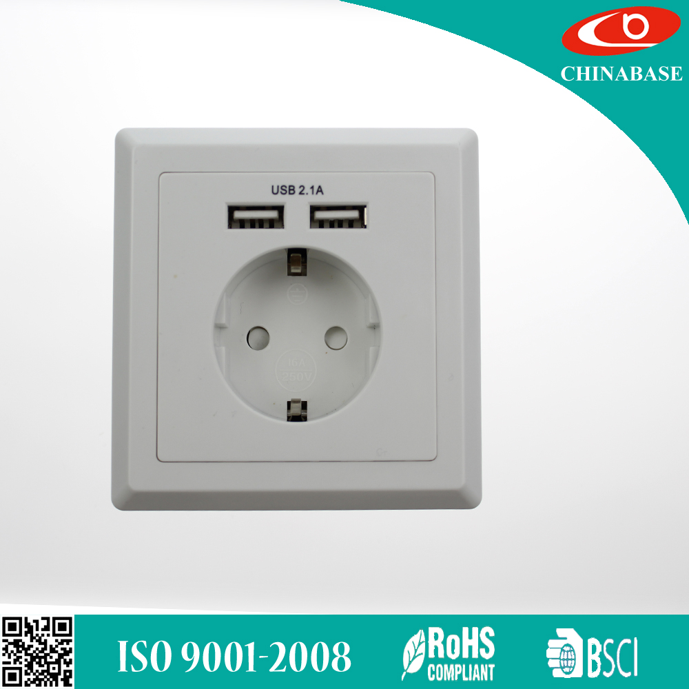 white double 2.1A schuko usb wall socket for Eu