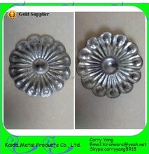 Hebei, China Wholesale Ornamental Wrought Iron Stamped Flowers