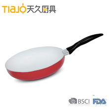Hot selling super quality Eco-friendly aluminum non-stick fry pan with rim for reseller pan for Family and restaurant