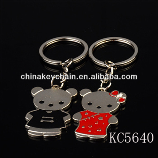 Creative promotional lovely bear lovers keychain for wedding souvenir