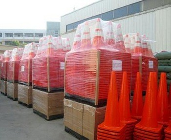 Popular Customized Flexible Road Traffic Cone for traffic safety