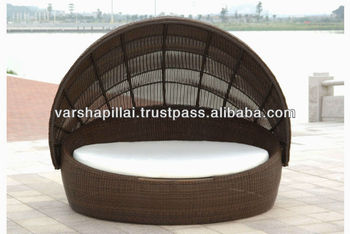 Rattan Round Outdoor Lounge Bed With Canopy Buy Rattan