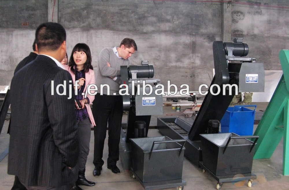widely used scraped type chip conveyor