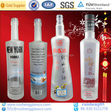 Export to the U.S. frosted logo decal vodka whisky glass bottle manufacturers