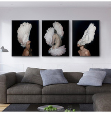 Modern Canvas Girls Feathered 3D Sexy Photo HD Painting Nordic Style Woman Body Art Print