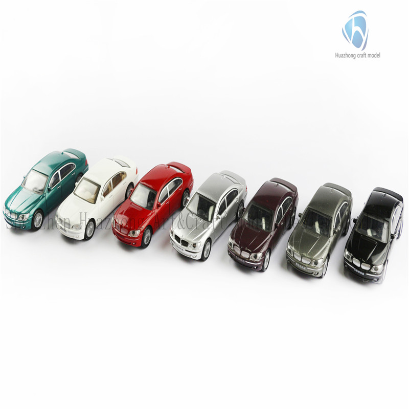 1: 50 Scaled Plastic Model Car