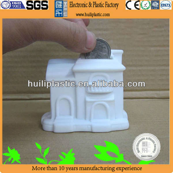 Custom plastic house shape piggy bank fo kids