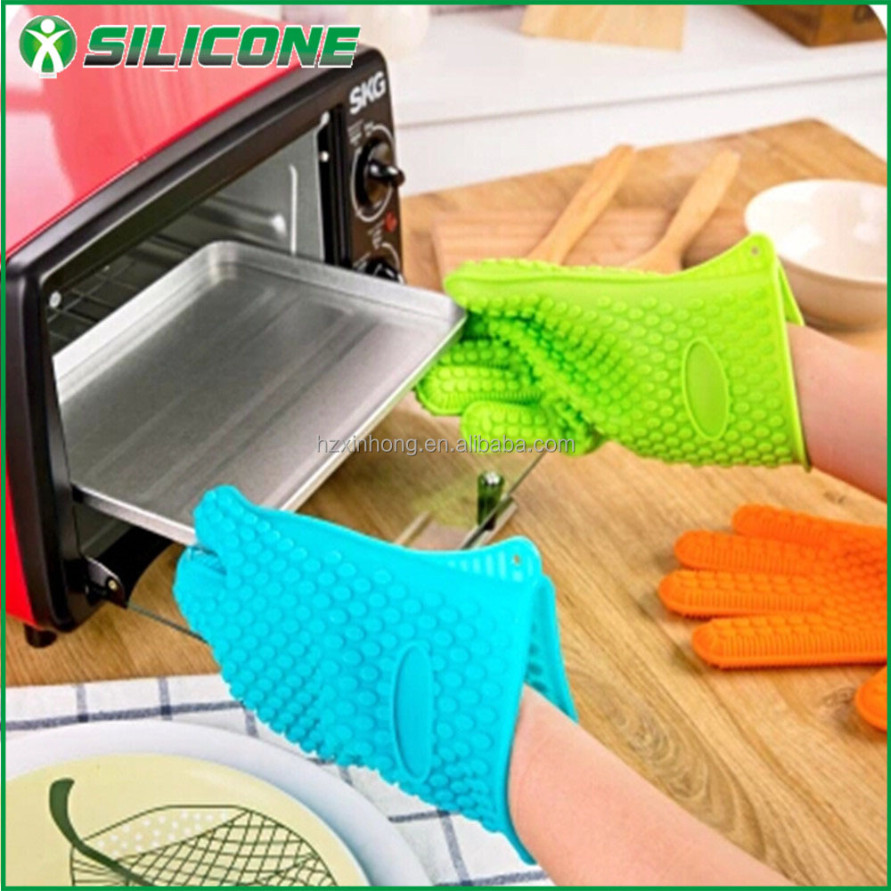 New products hot sale silicone oven mitts for oven cooking/fish shape silicone gloves