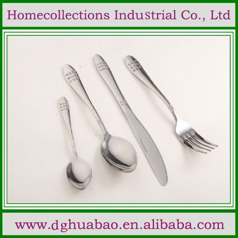 gold plastic cutlery