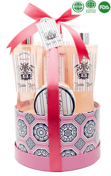 Pomegranate Spa Essentials Bath Set Shower Gel, Bubble Bath, Body Lotion, Body Spray, Bath Salt
