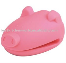 Pig Shape Silicone Oven Mitt