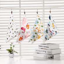 Alibaba Hot Sale Fancy promotional Modern Style Customized Private Label Printed Bandana Baby Bib Organic