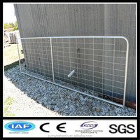 Welded wire mesh black horse fence