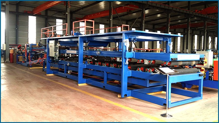 Xinnuo automatic eps sandwich roof&wall panel roll forming machine