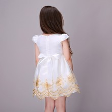 2017 Amazon hot seling spring strip floral dress for girl