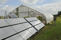 Solar photovoltaic greenhouse