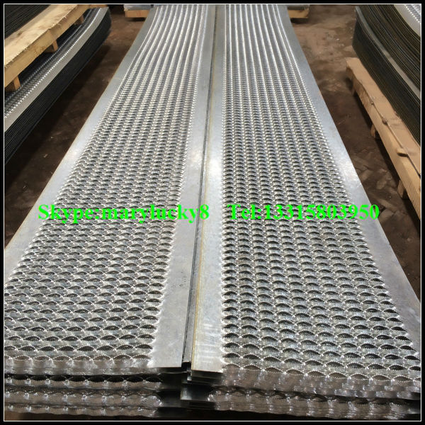 Aluminum Stair Treads Edging Anti Slip Perforated Stair