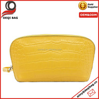 2016 new arrival lemon yellow crocodile pu women clutch bag fashion banquet purse pouch inside with small compartments