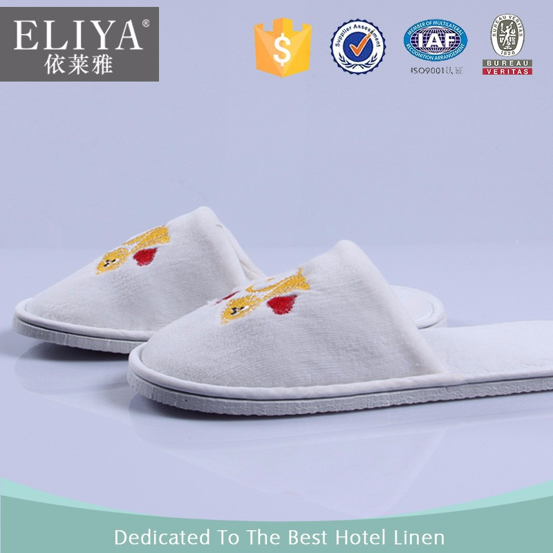 Embroidery hotel disposable eco friendly eva for slippers,high quality customized new design hotel disposable woman slipper