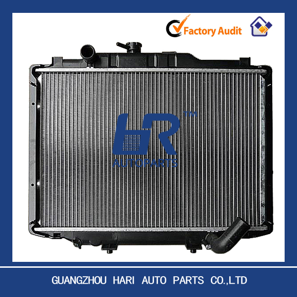 Quality aluminum factory radiator for MITSUBISHI DELICA '87-93 OE:MB356342/605252