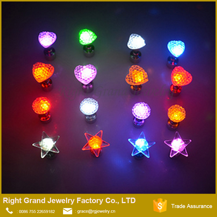 Fashion Star Flower Light Up Led Ear Studs Bling For Party And Nightclubs