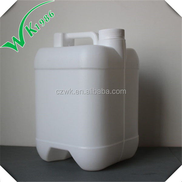 In different shapes empty plastic drum 4 liter