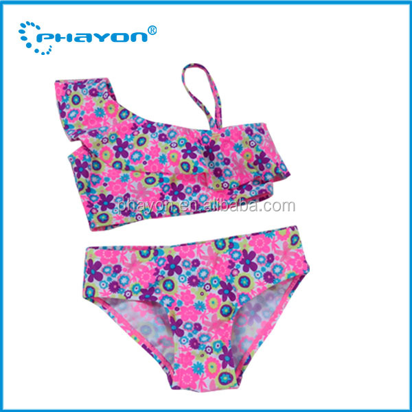 Fashion 2016 swimwear sexy child girl pic