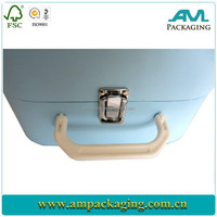 Dongguan Factory high quality wholesale price right cardboard luxury gift carrier packing with lock and handle
