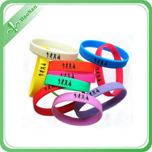 2015 Cheap price bright-colored debossed printing silicone wrist band for event & party