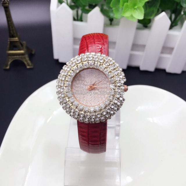 Female stars high quality artificial white snake full diamond pattern leather watch